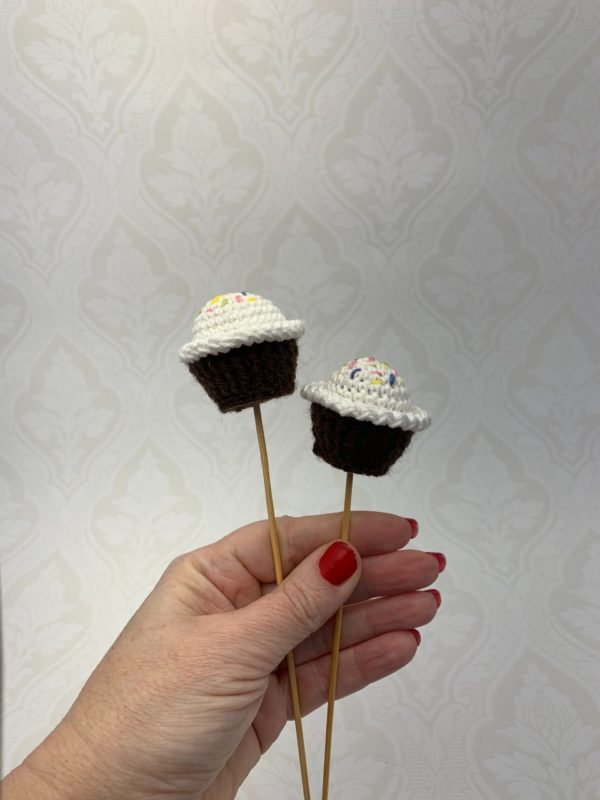 Blomsterdekoration vit muffins