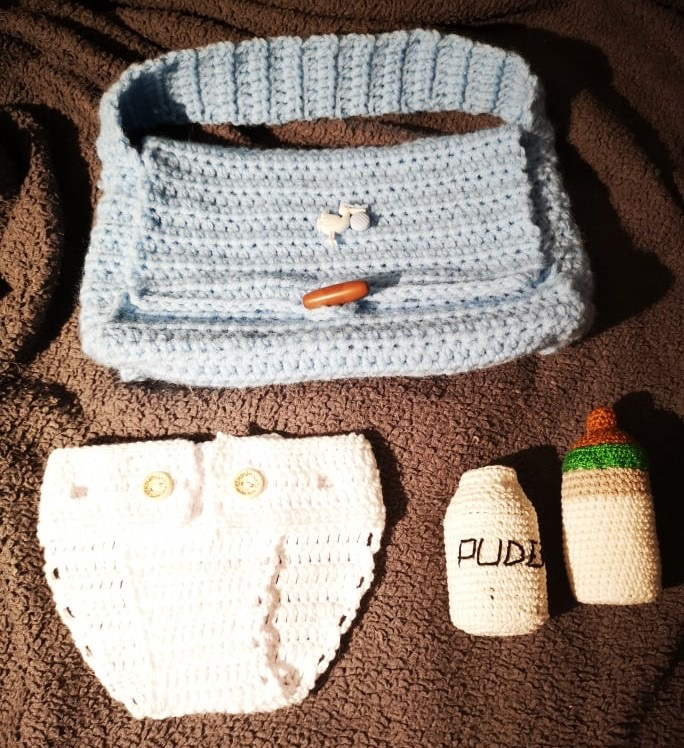 Mönster skötväska & tillbehör till baby Ellen & Eddie